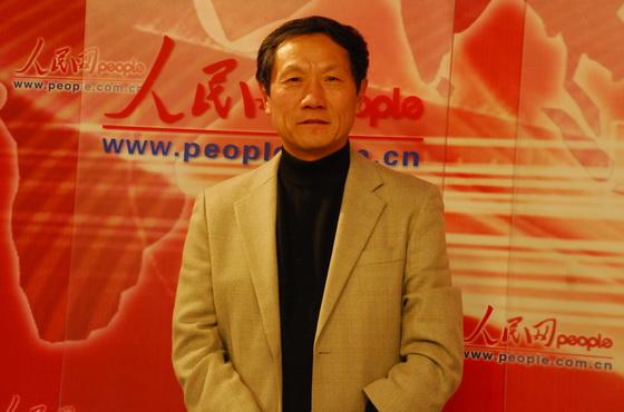 پروفسور چی دونگ فانگ