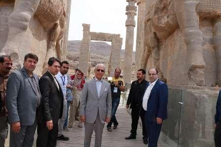 پرفسور سمیعی: تخت جمشید نمادی برای شناساندن بیشتر توانمندی های ایرانیان است